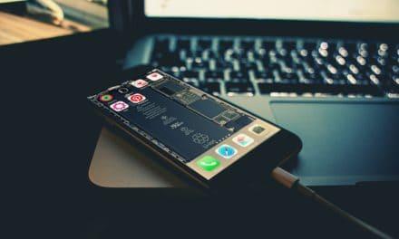 Szeretne átlátszó iPhone-t? Megoldjuk ingyen!